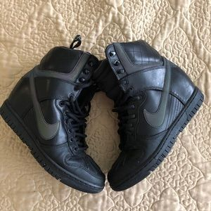 Nike Sky High Boots